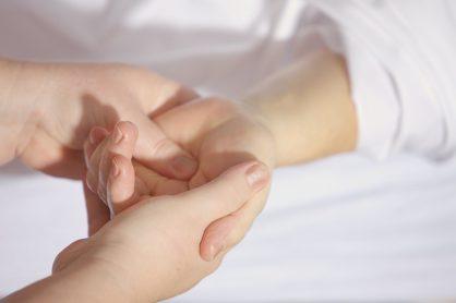 Higienistko! Higienisto! Wiesz jak dbać o swoje dłonie?